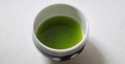 粉末緑茶のぬるま湯出し