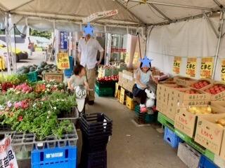生鮮スーパーかわちや売り場