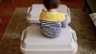 【無印良品頑丈収納ボックス】はキャンプ用品入れでテーブルで椅子!