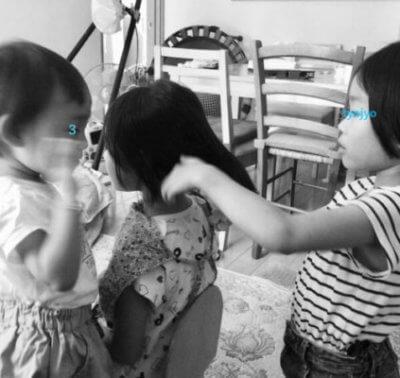 子供達の美容院ごっこ
