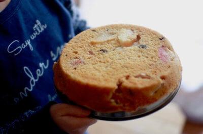 焼きあがったケーキ