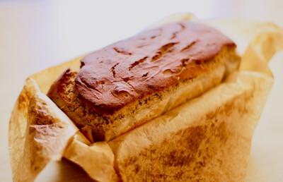 そば粉100%パンの焼き上がり