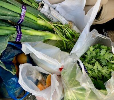 朝市で買った野菜たち