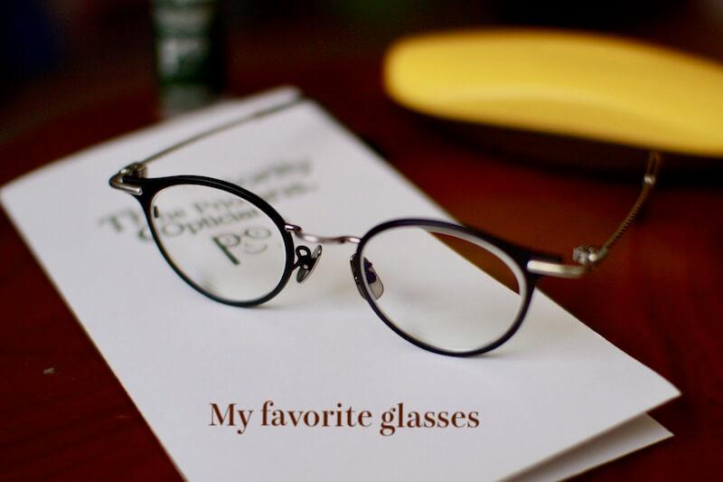 お気に入りのメガネ