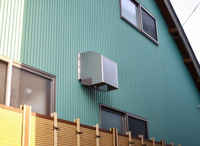 外壁側の換気扇カバー
