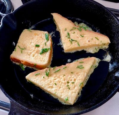 スギナのフレンチトースト